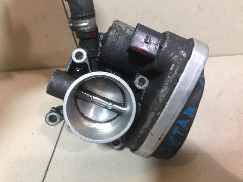 Заслонка дроссельная электрическая 036133062L