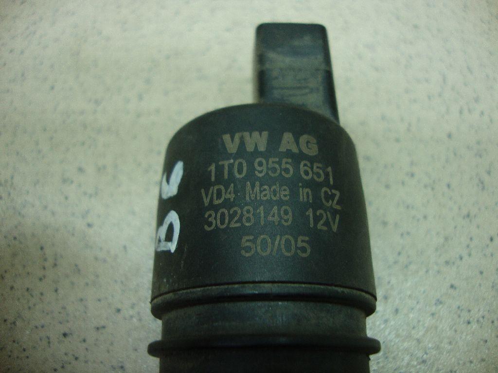 Насос омывателя 1T0955651 фото 2