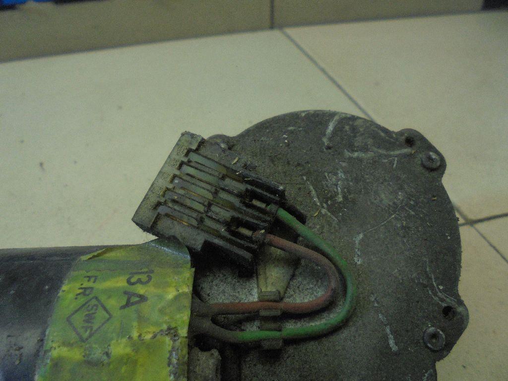 Моторчик стеклоочистителя передний 701955113A