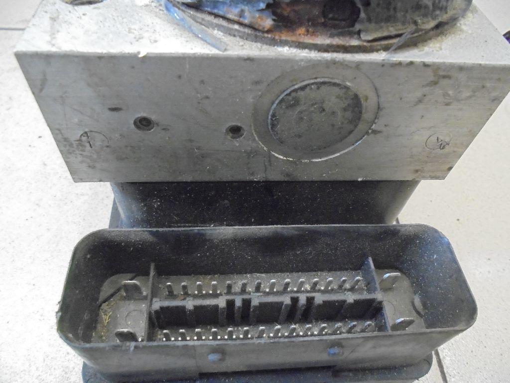 Блок ABS (насос) 1C0907379L