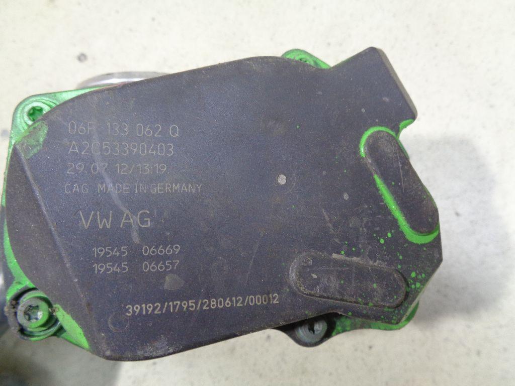Заслонка дроссельная электрическая 06F133062Q