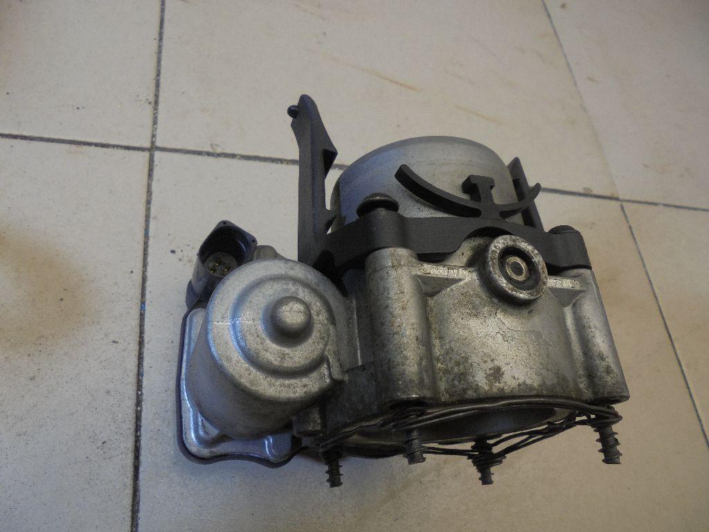 Заслонка дроссельная электрическая 03C133062S