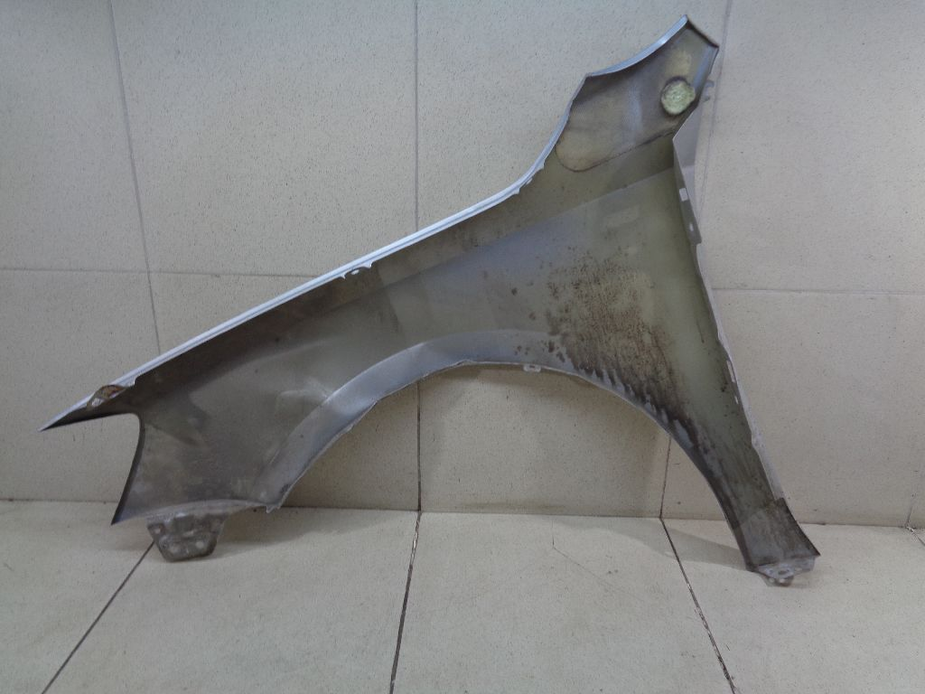 Крыло переднее правое 5C6821106