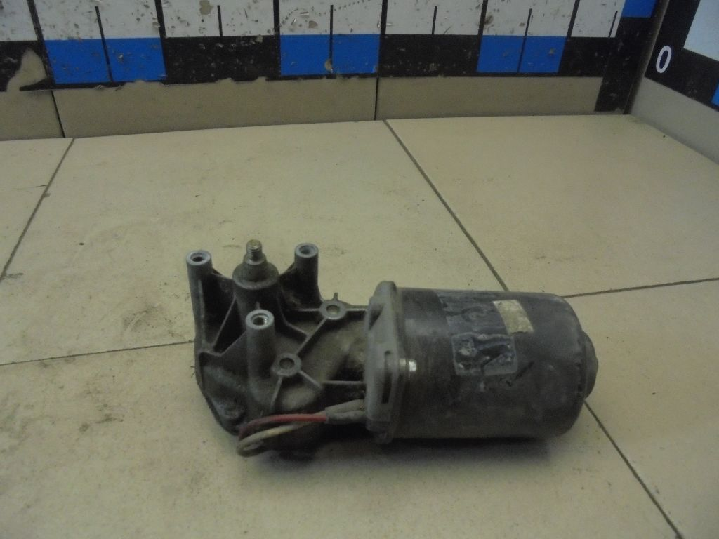 Моторчик стеклоочистителя передний 191955113AX