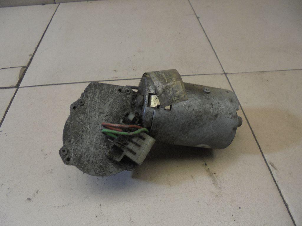 Моторчик стеклоочистителя передний 191955113