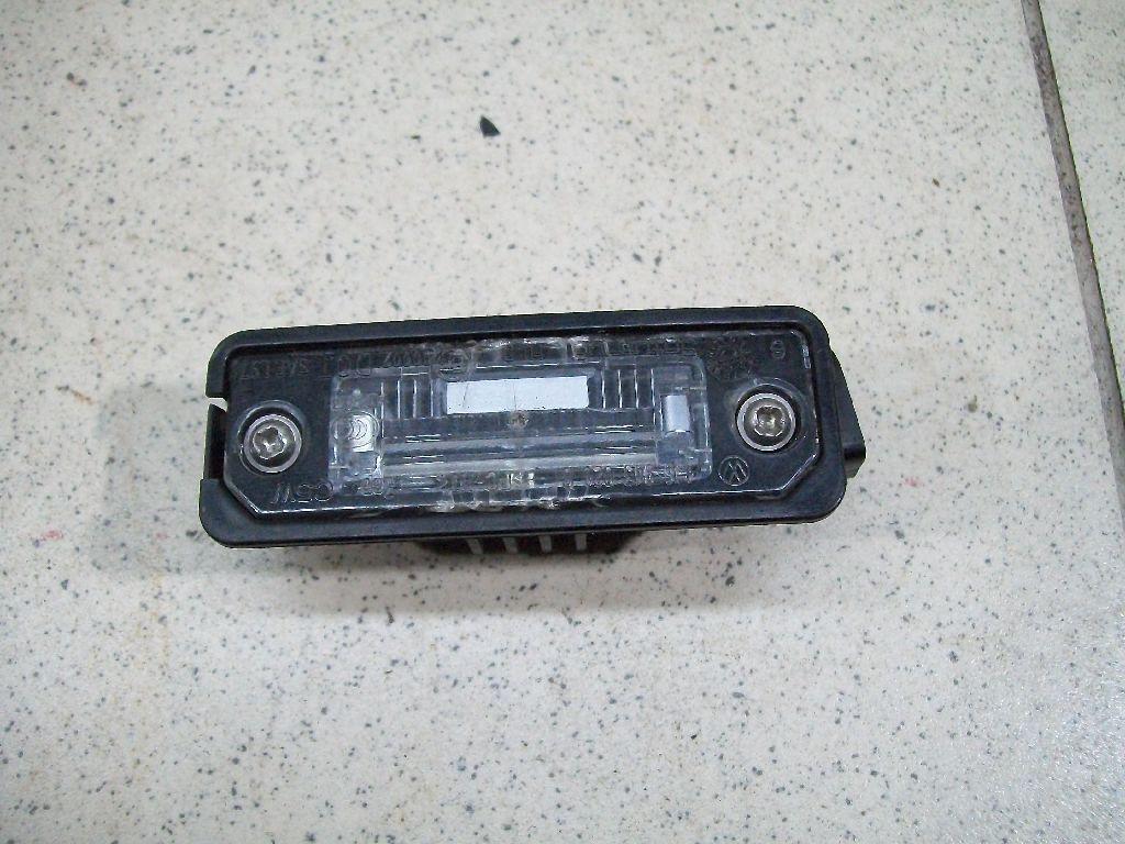 Фонарь подсветки номера 3D0943021A