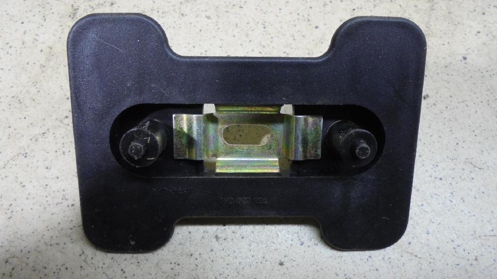 Направляющая переднего бампера 1H0807193