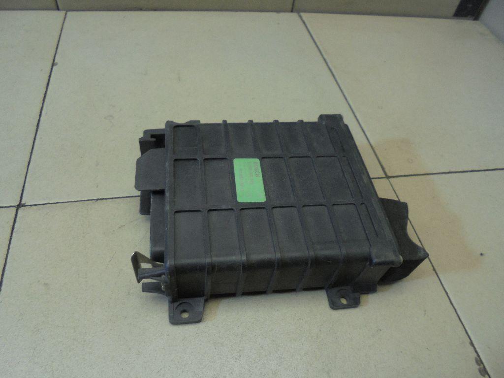 Блок управления двигателем 811906264A