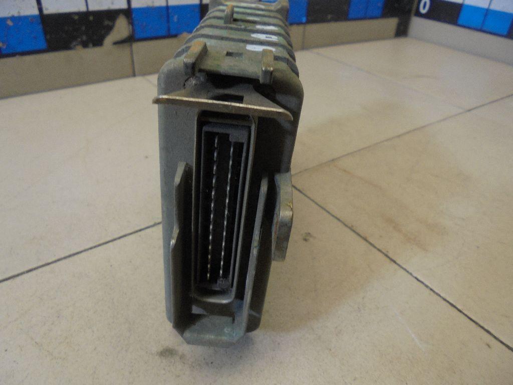 Блок управления двигателем 893907383