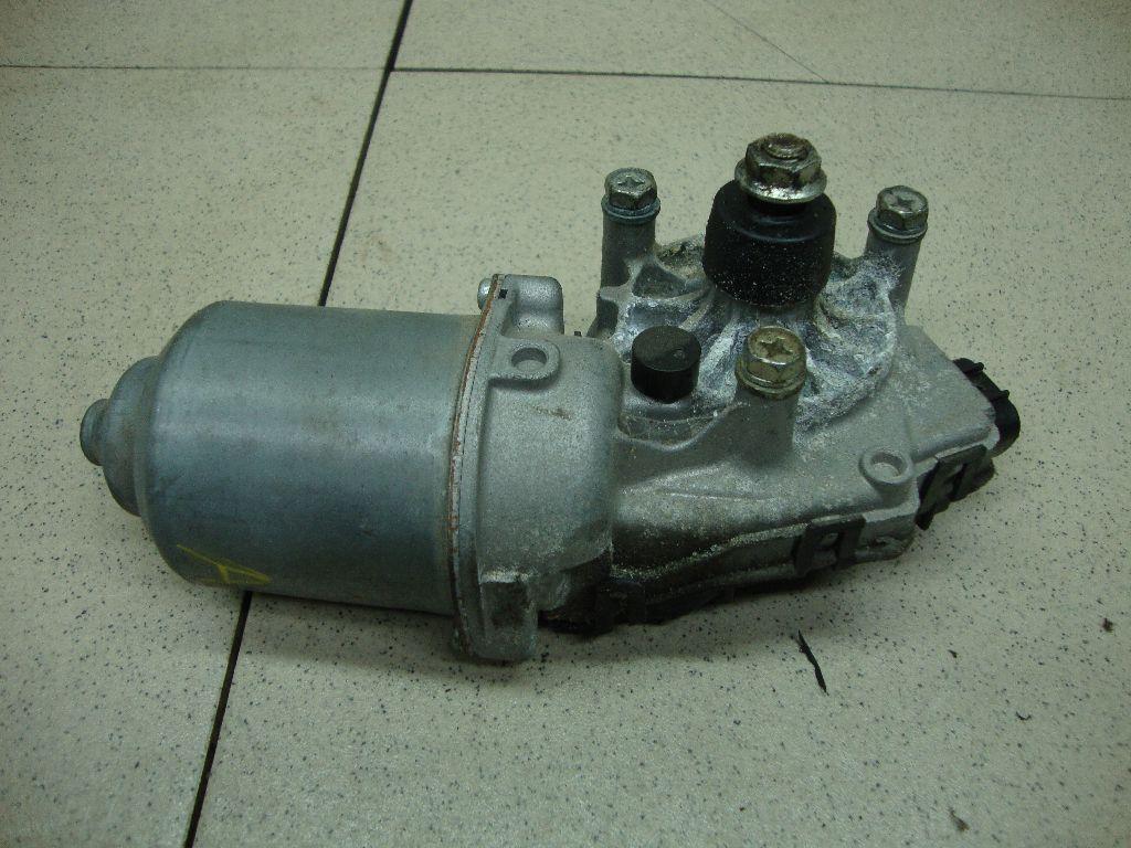 Моторчик стеклоочистителя передний 8250A178