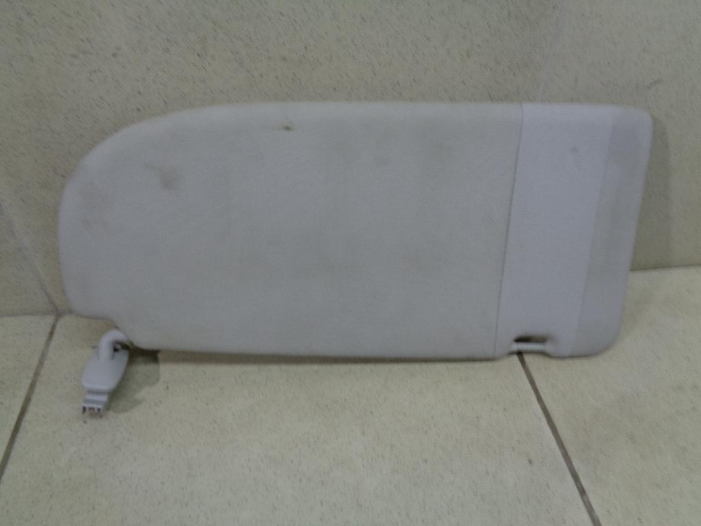 Козырек солнцезащитный (внутри) 2K0857552D