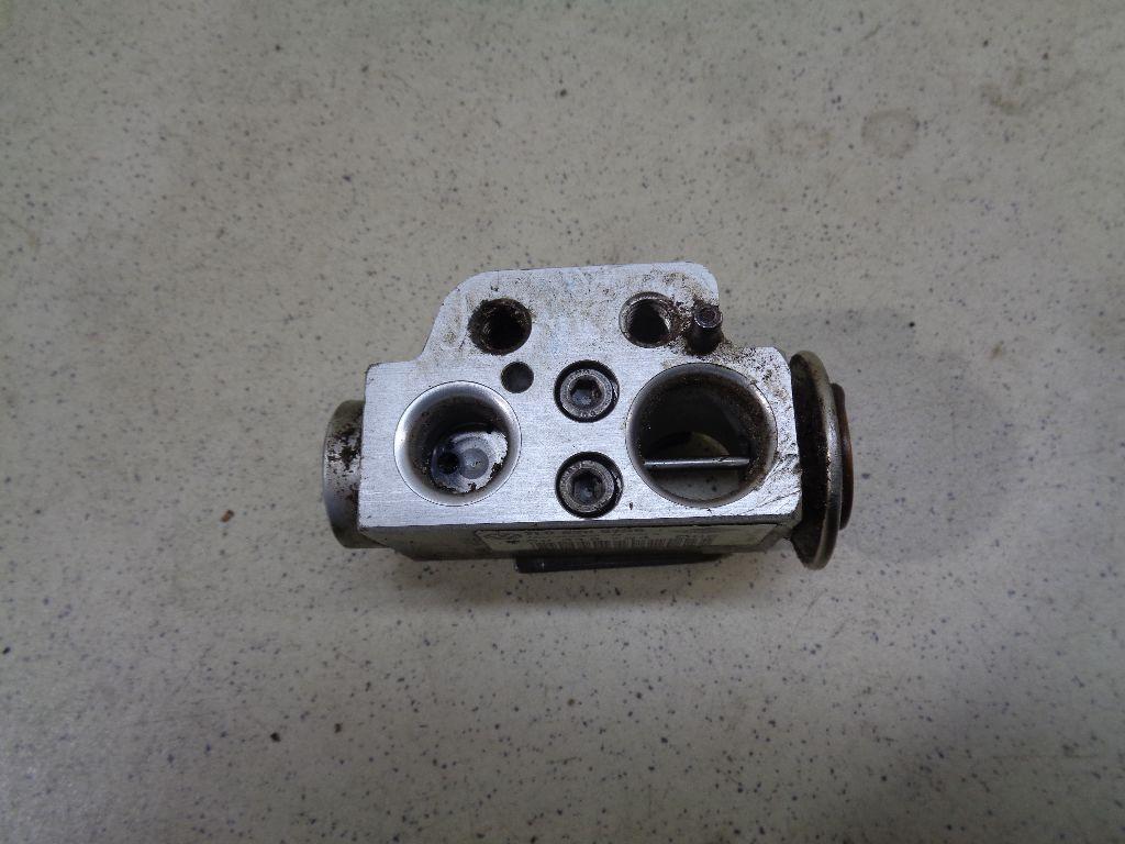 Клапан кондиционера 7L0820679B
