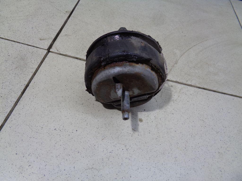 Опора двигателя 30778951