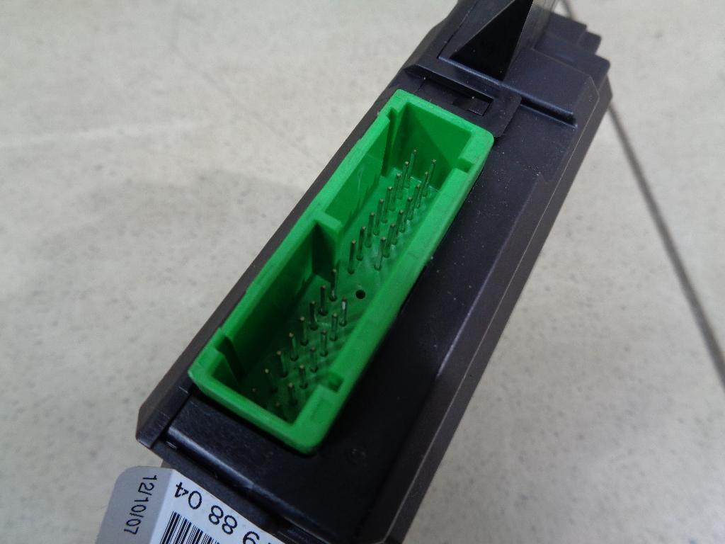 Блок управления стеклоподъемниками 30798804