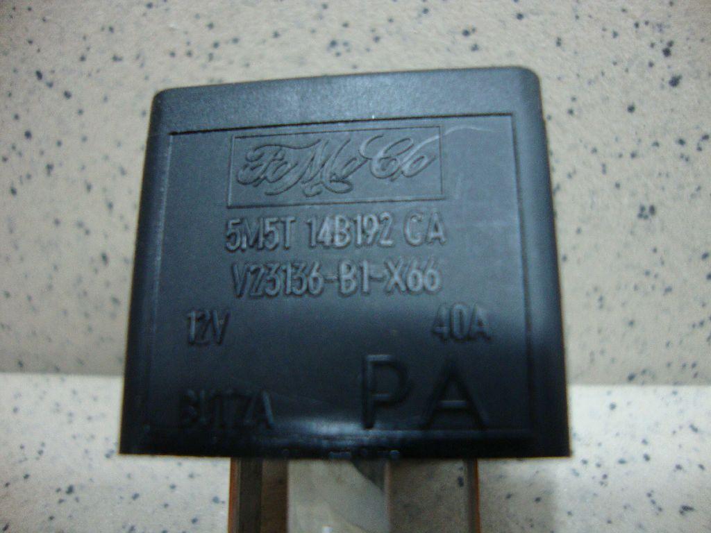 Реле 5M5T14B192CA