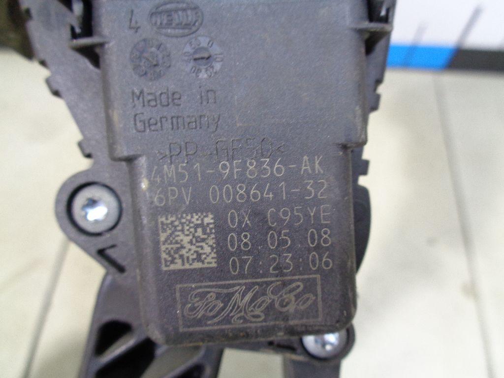 Педаль газа 4M519F836AK