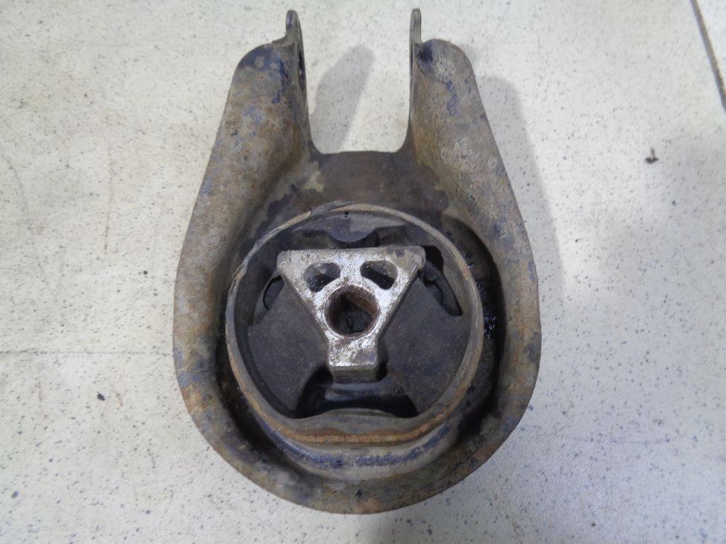Опора двигателя задняя 1404996