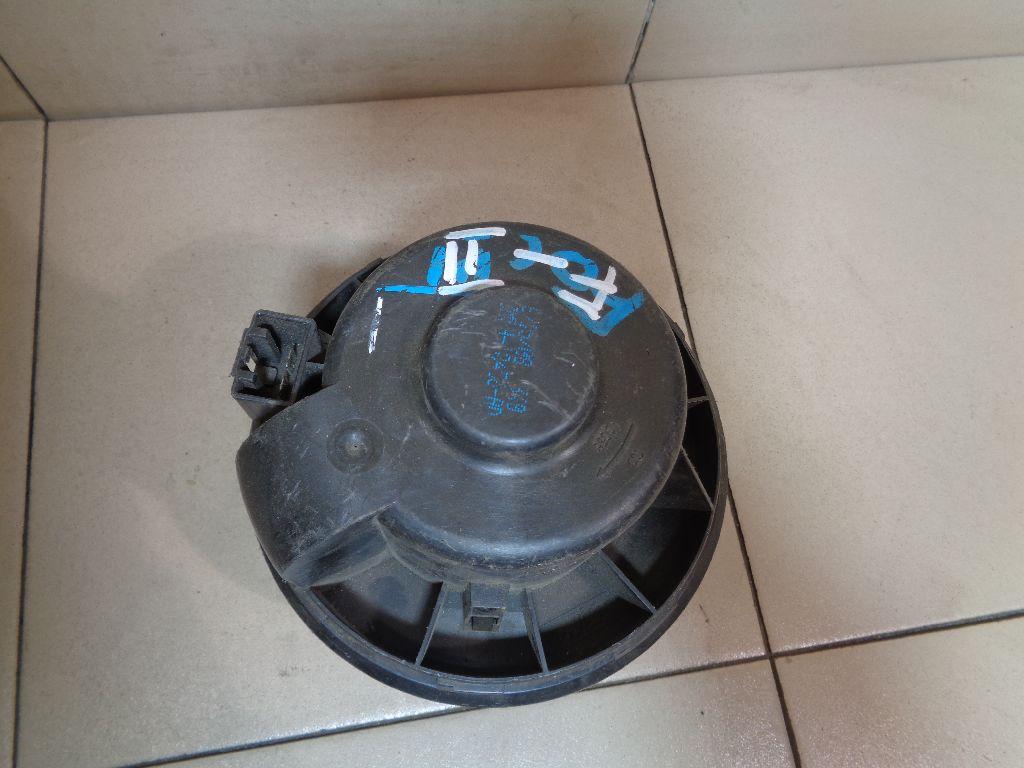 Моторчик отопителя 3M5H18456AD