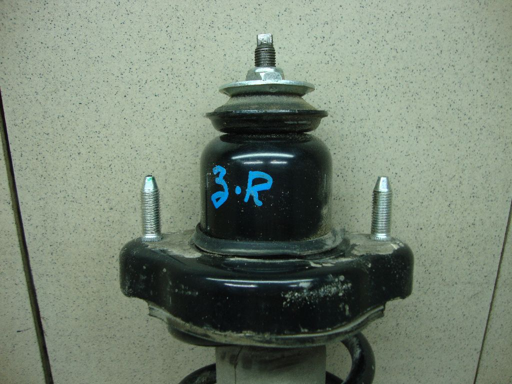 Опора заднего амортизатора MR491946