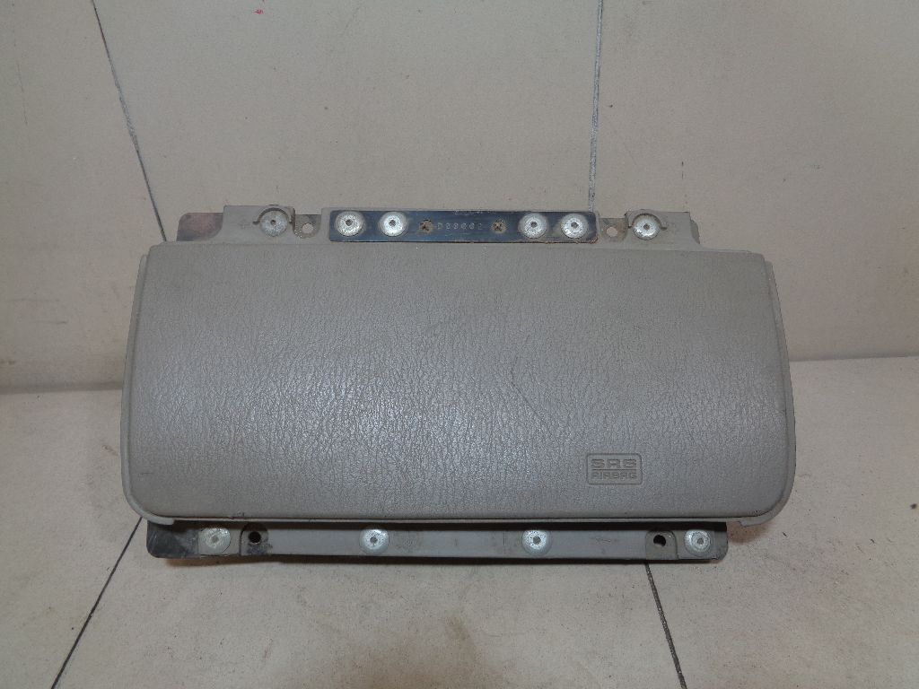 Подушка безопасности пассажирская (в торпедо) EM28PD5