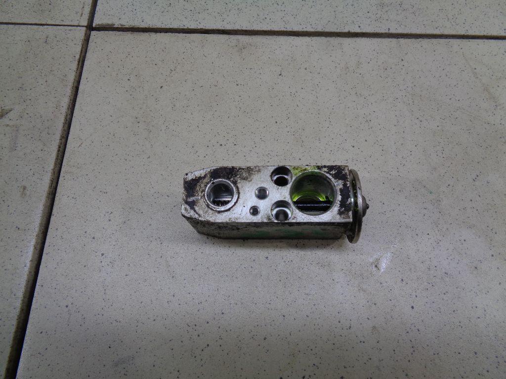 Клапан кондиционера 922004M405