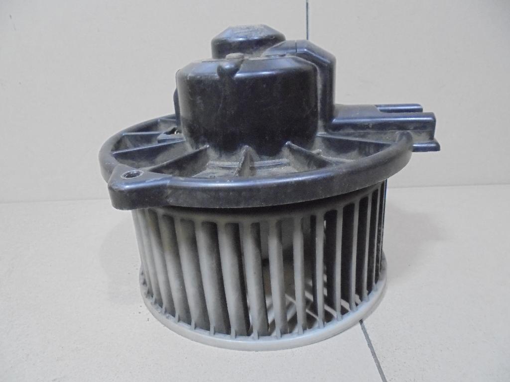 Моторчик отопителя MB657229