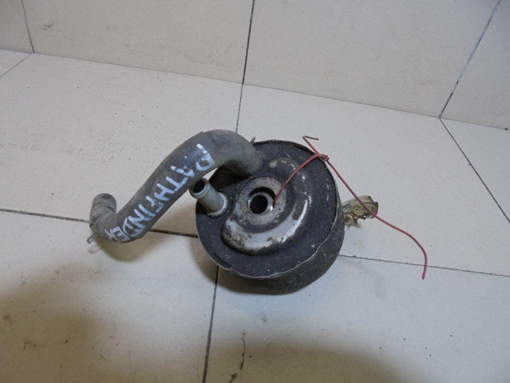 Радиатор масляный 21305EB300