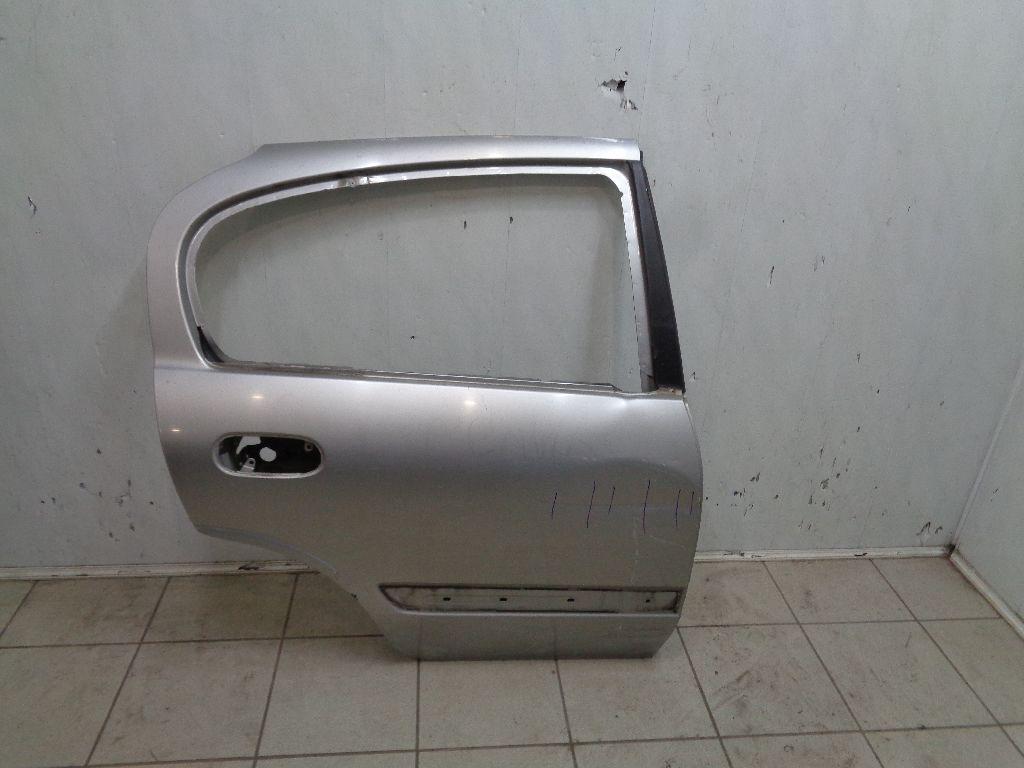 Дверь задняя правая 8210095F0B