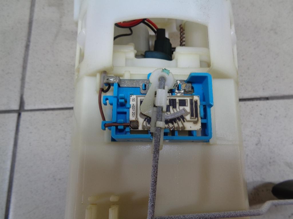 Насос топливный электрический 2751031100