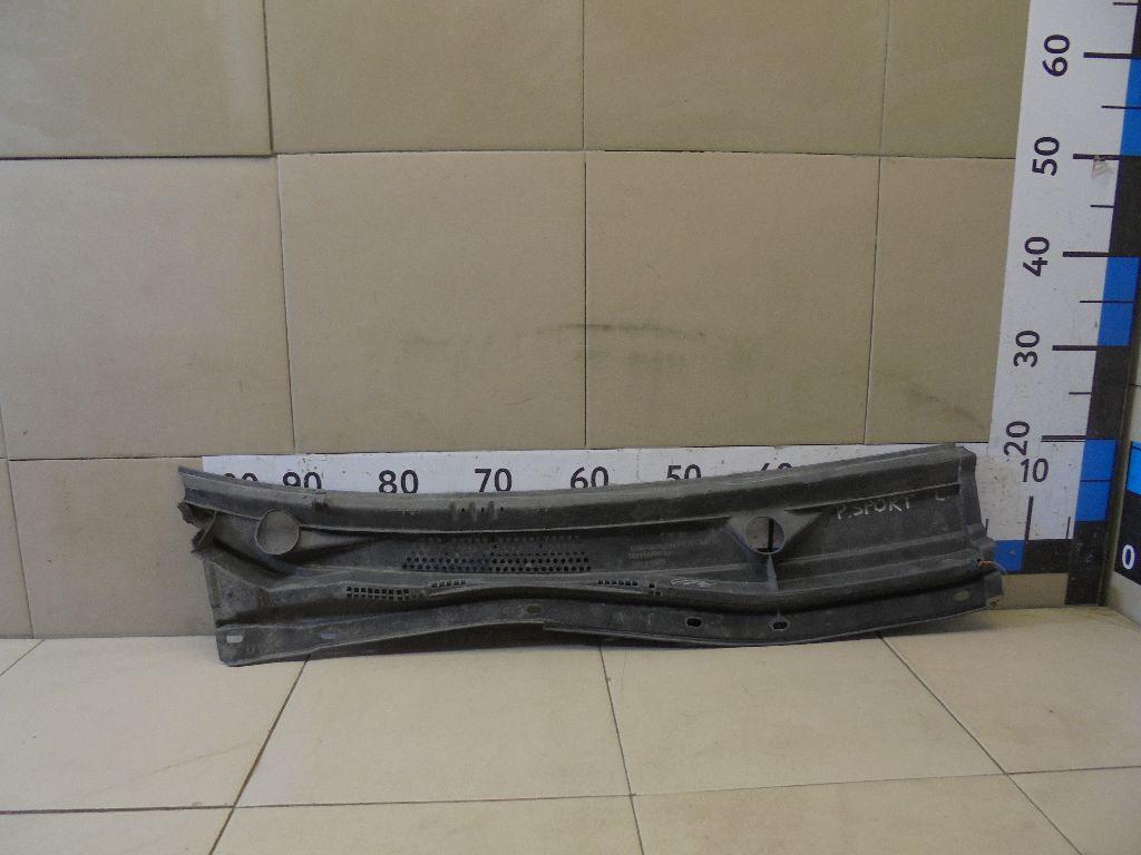 Решетка стеклооч. (планка под лобовое стекло) MN117709
