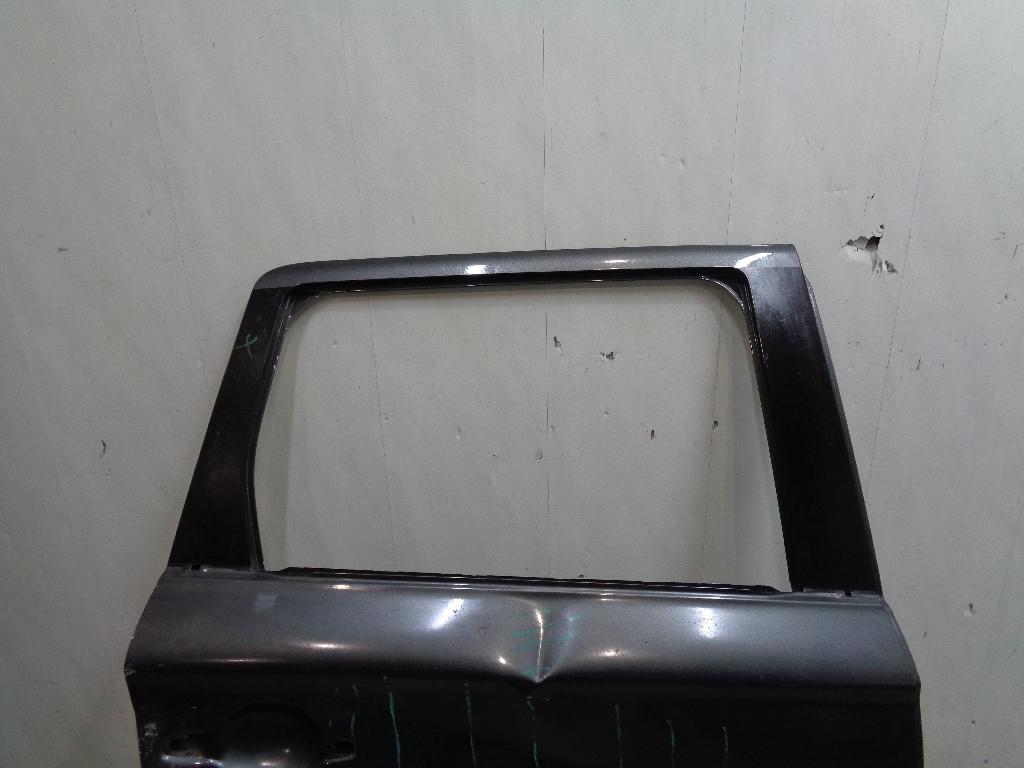 Дверь задняя правая