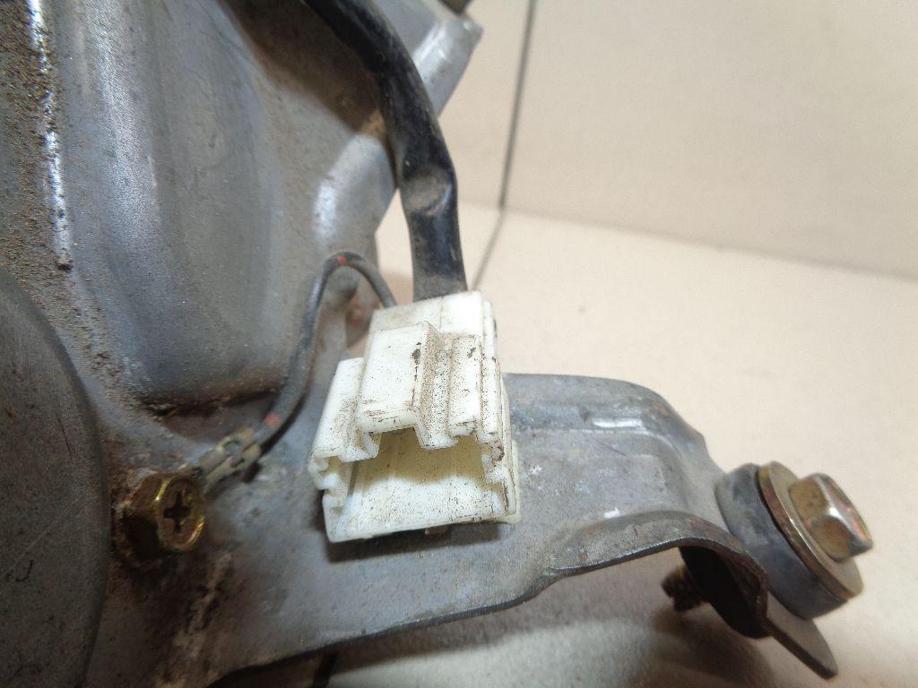 Моторчик стеклоочистителя задний MR515743