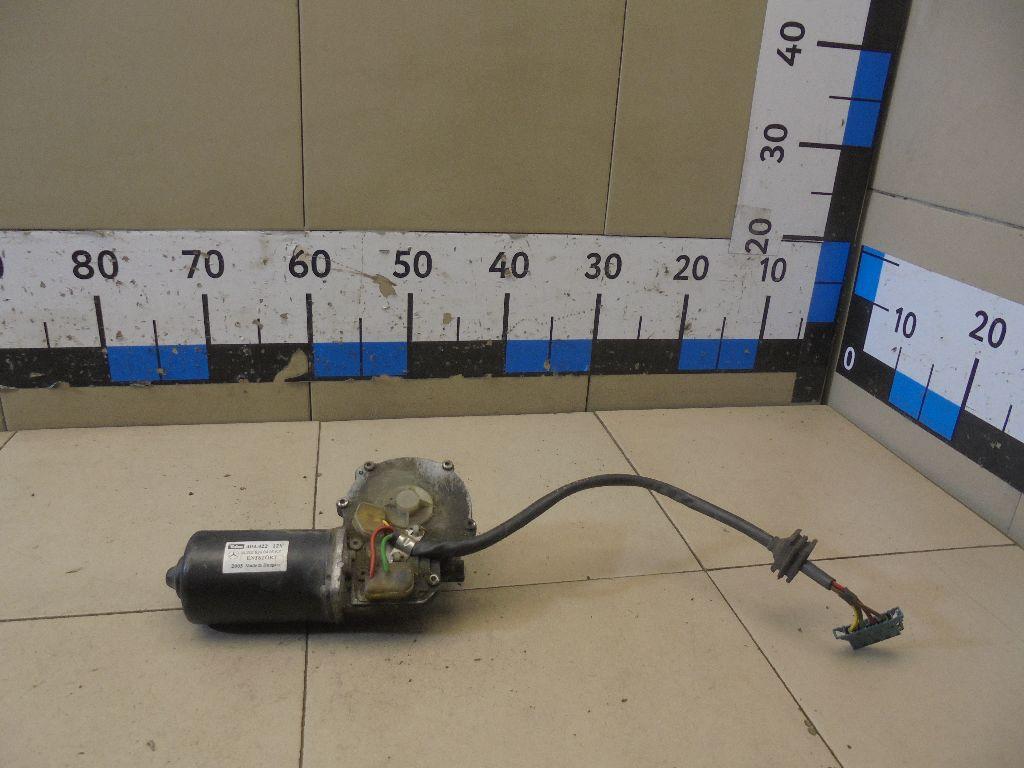 Моторчик стеклоочистителя передний 2028200408