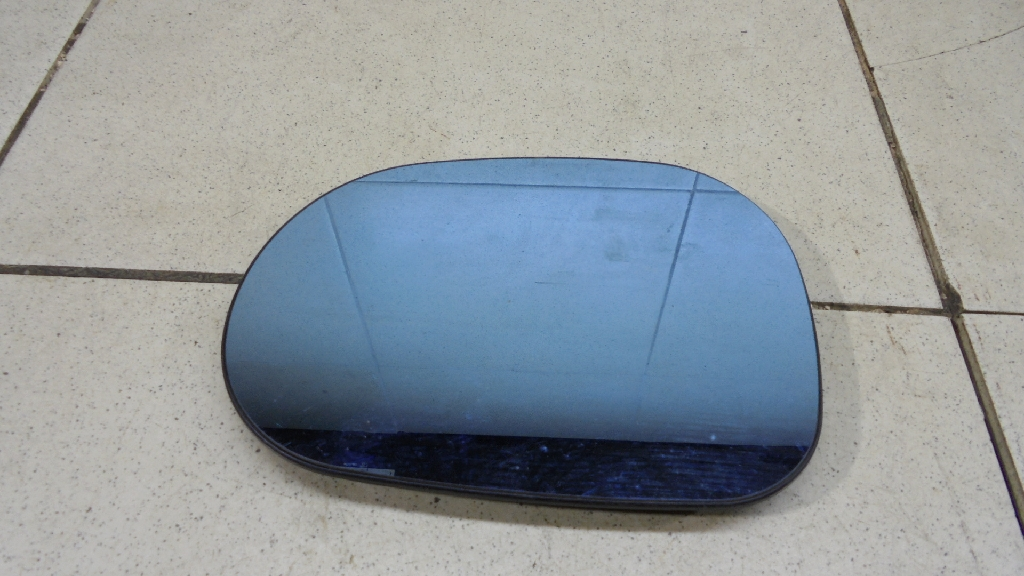 Стекло зеркала электрического левого 1638100119