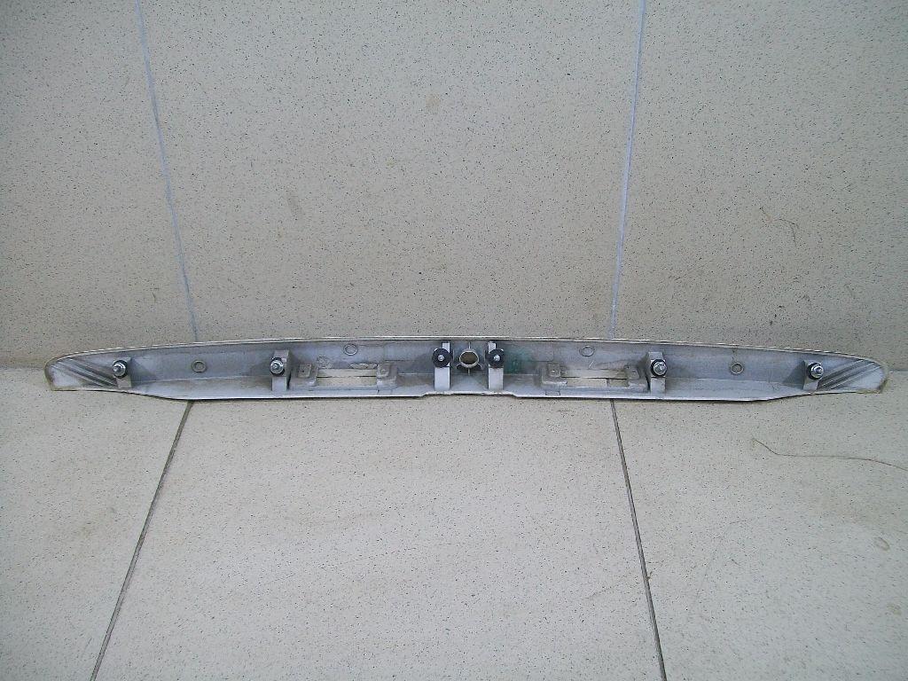 Накладка крышки багажника 96545770