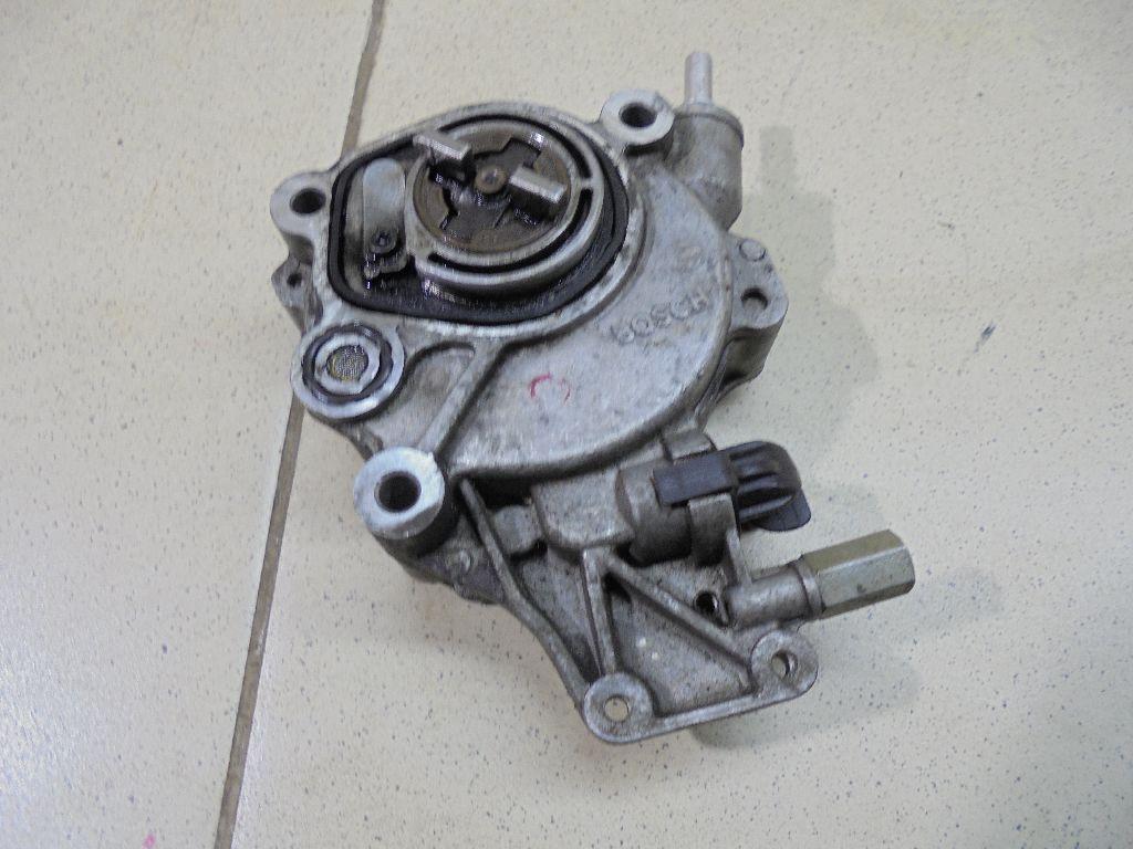 Насос вакуумный LR009674