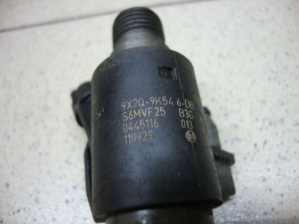 Форсунка дизельная электрическая 9X2Q9K546DB