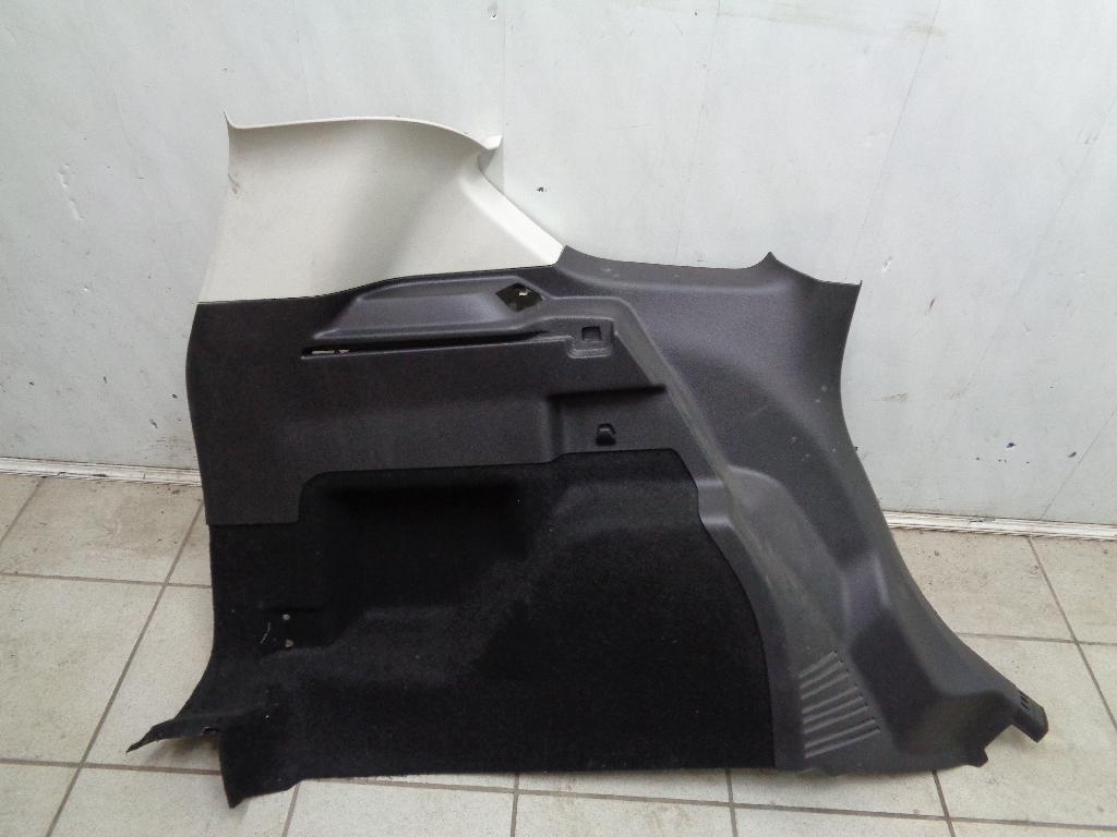 Обшивка багажника 1865284