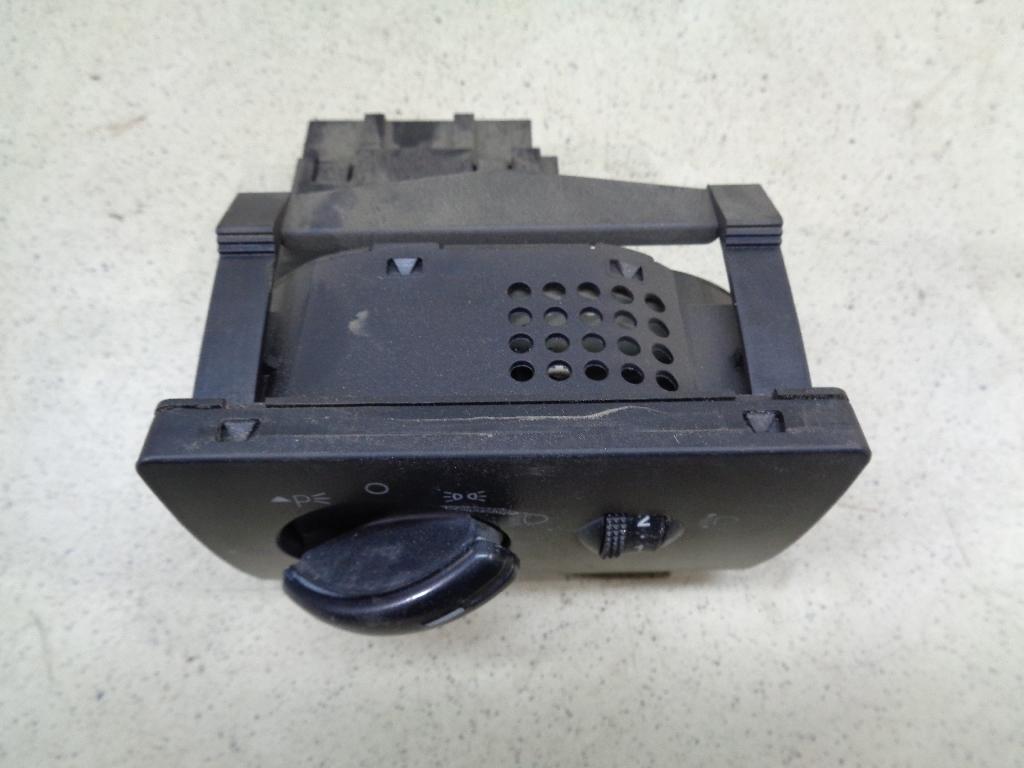 Переключатель света фар 4M5T13A024EA