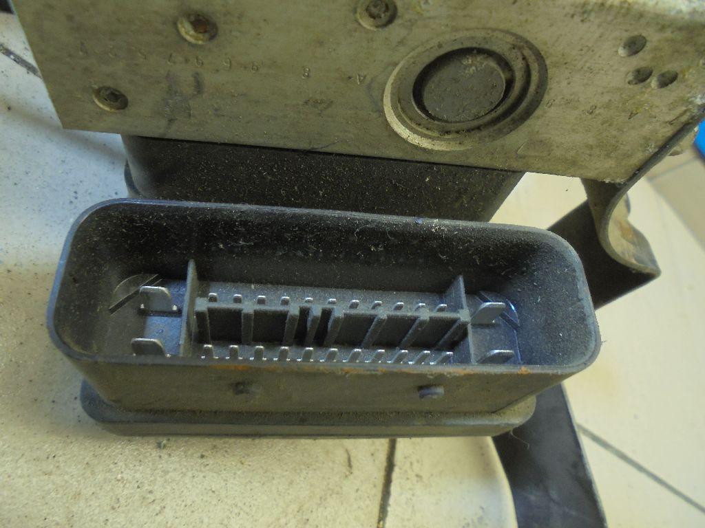Блок ABS (насос) 4S612M110DA фото 4