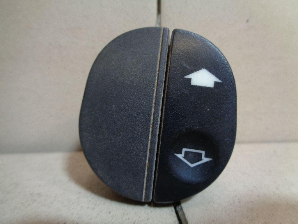Кнопка стеклоподъемника 1107243
