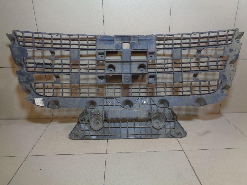 Решетка радиатора 1437328