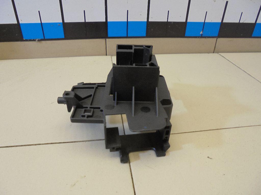 Кронштейн (сопут. товар) 3M5T6475AE