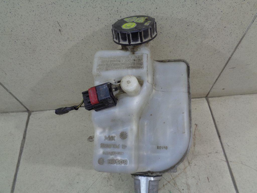 Цилиндр тормозной главный 1573041