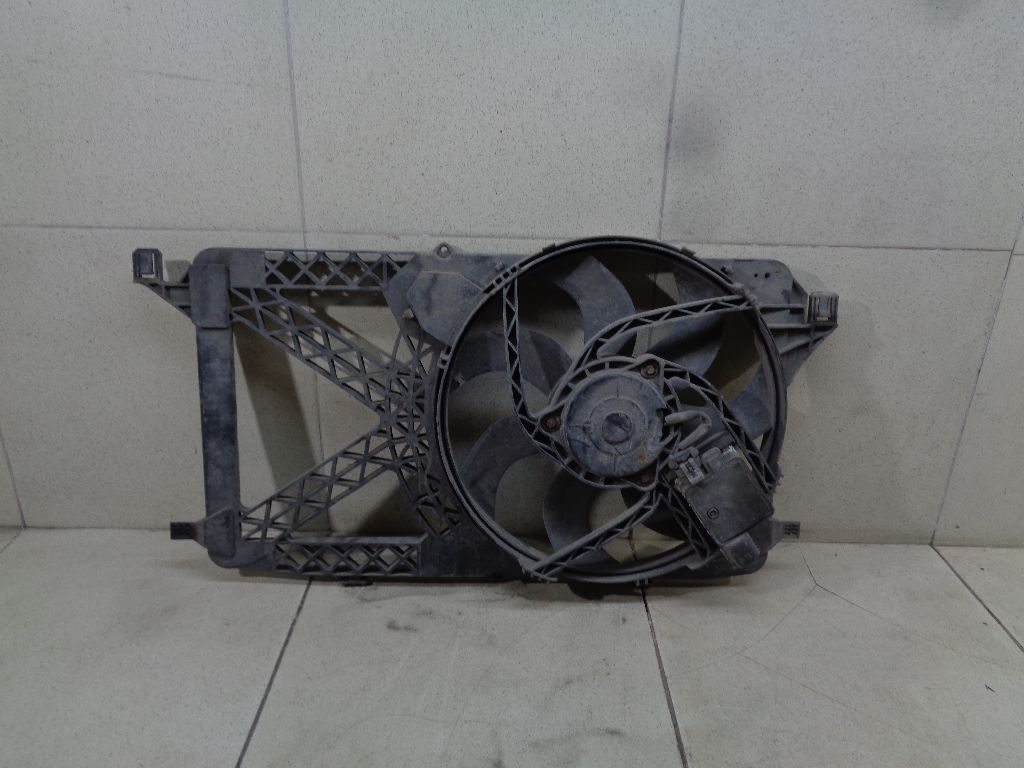 Вентилятор радиатора 1431172