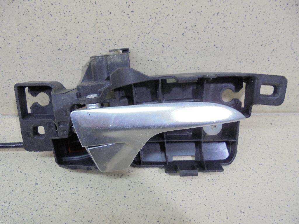Ручка двери внутренняя правая 7S71A22600AC