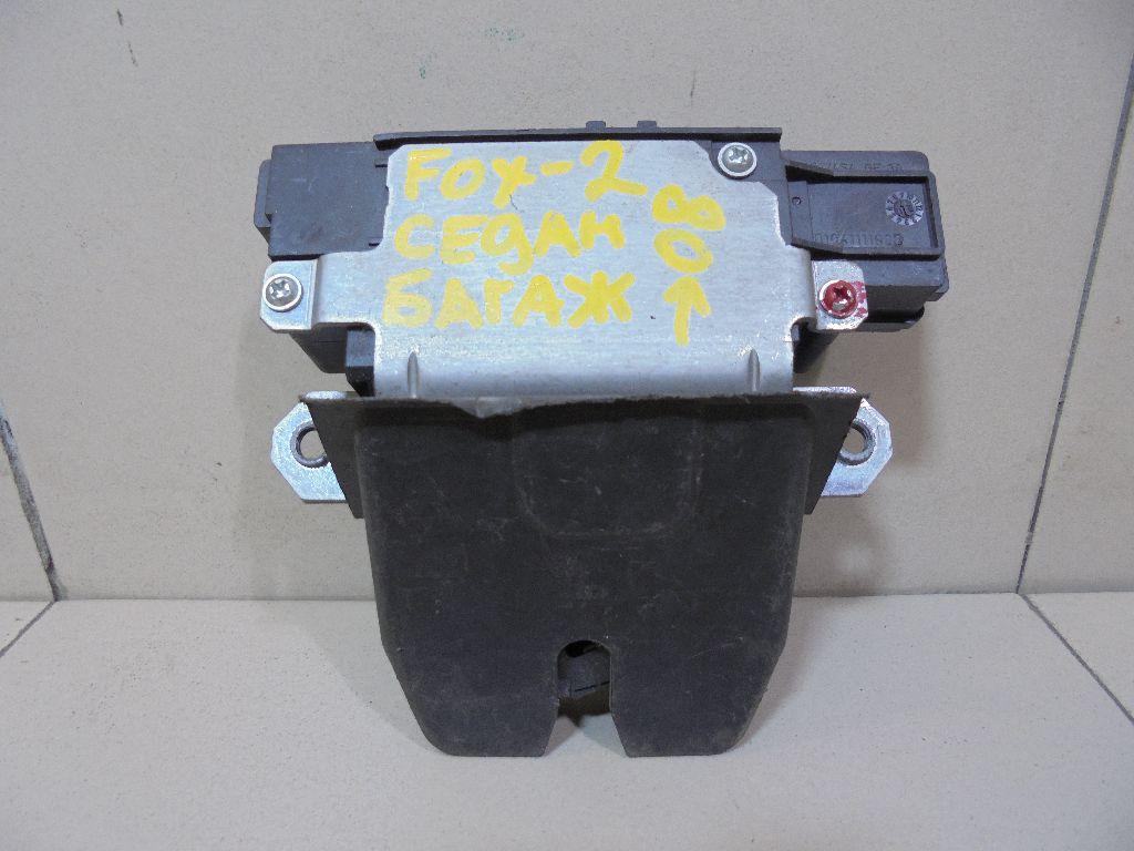 Замок багажника 3M51R442A66AP