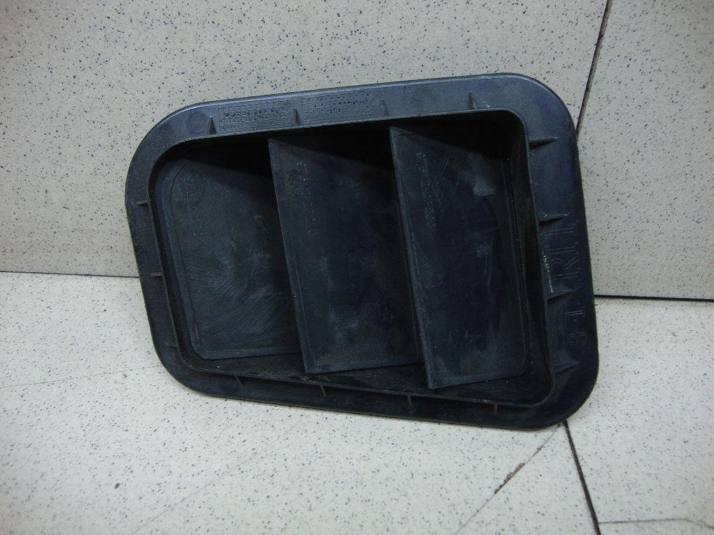 Решетка вентиляционная 975102F200