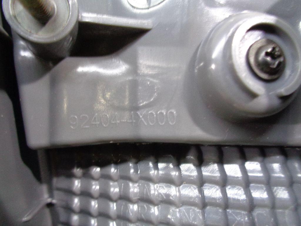 Фонарь задний внутренний правый 02-4X00-02BR
