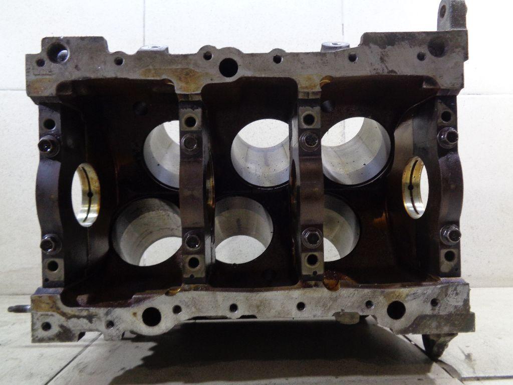 Блок двигателя  фото 9